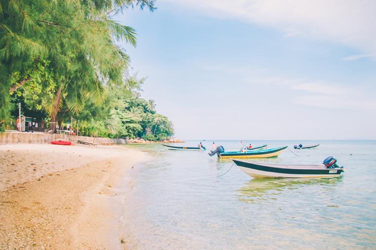 02a. Wyspy Parhentian-Besar-Malezja z dzieckiem