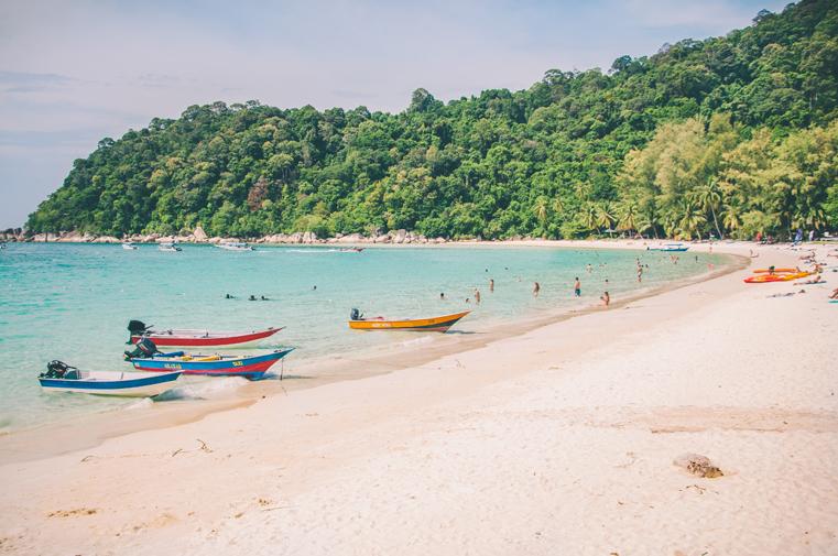 07. Wyspy Parhentian-Besar-Malezja z dzieckiem.