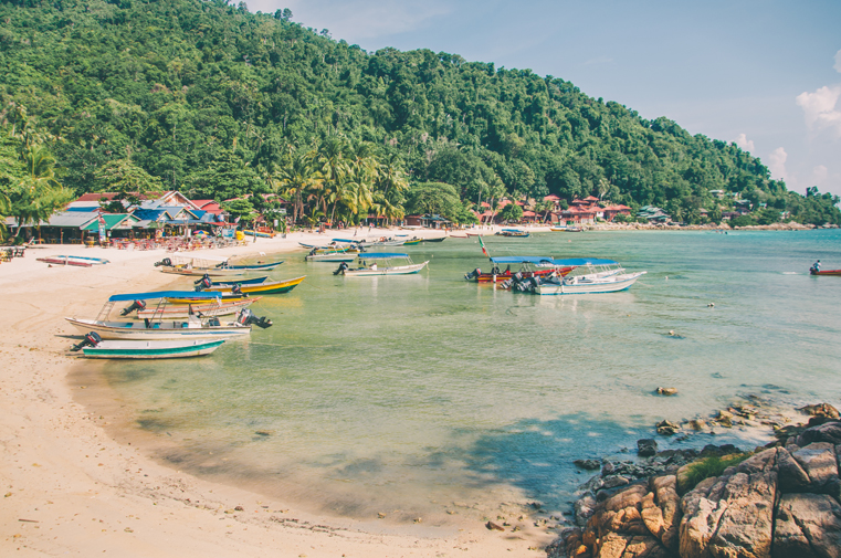 02. Wyspy Parhentian-Kecil-Malezja z dzieckiem