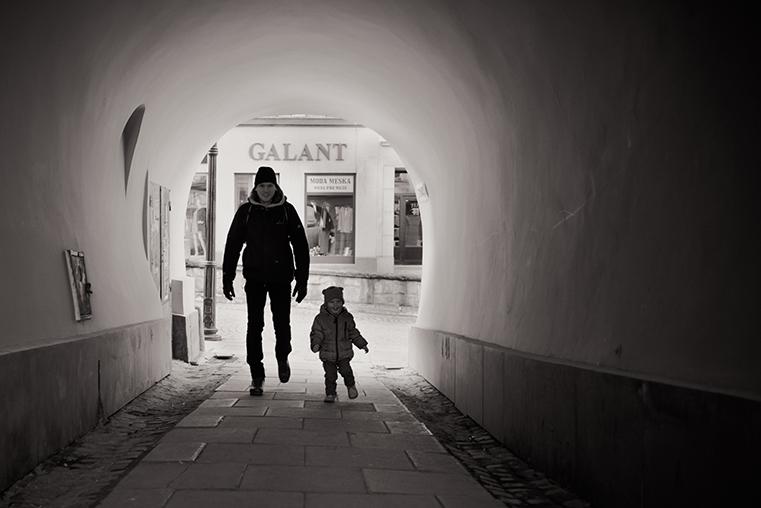 13.Cieszyn - przedwiosnie -z dzieckiem.jpg