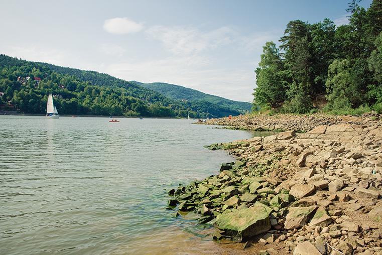 09.Zeglarstwo-z-dzieckiem-Beskidy-jezioro-Zywieckie
