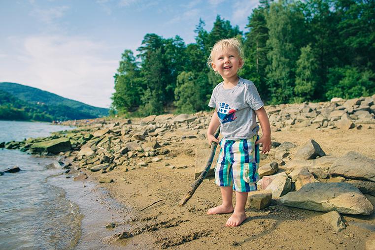 11.Zeglarstwo-z-dzieckiem-Beskidy-jezioro-Zywieckie