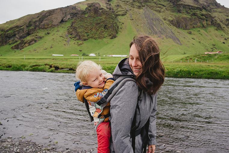 09b.Wodospady na Islandii - Skogafoss - Seljandofoss - podroz z dzieckiem