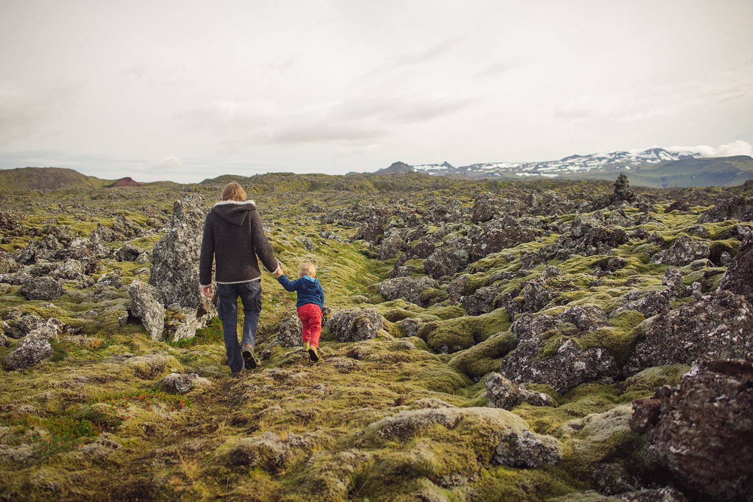 04.Pola lawy - Polwysep Snaefellsnes -Islandia - podroz z dzieckiem