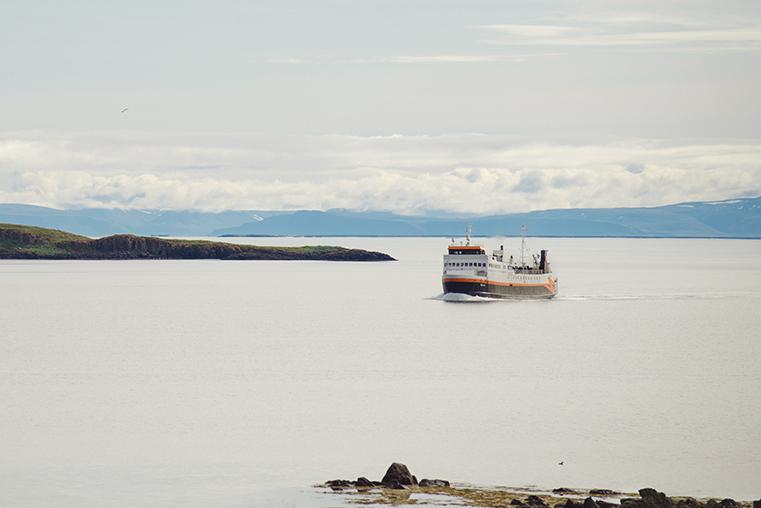 02a.Baldur - prom na Fiordy Zachodnie - Islandia - podroz z dzieckiem