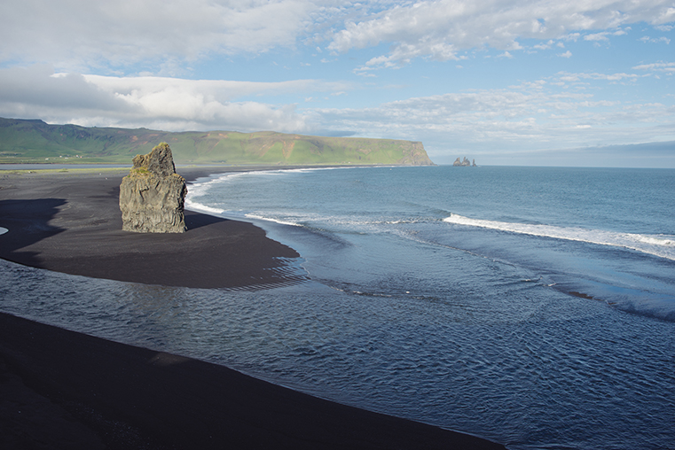 03.Czarne plaze Islandii - Reynisdrangar - Dyrholaey - podroz z dzieckiem