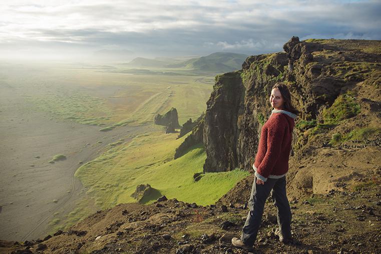 04a.Czarne plaze Islandii - Reynisfjara - Reynisdrangar - Dyrholaey - podroz z dzieckiem