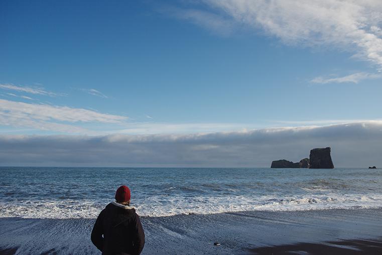 06.Czarne plaze Islandii - Reynisdrangar - Dyrholaey - podroz z dzieckiem