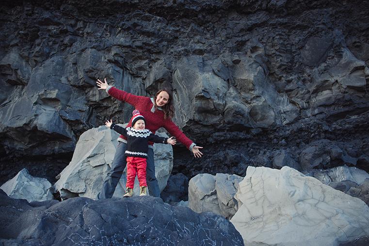 11.Czarne plaze Islandii - Reynisdrangar - Dyrholaey - podroz z dzieckiem