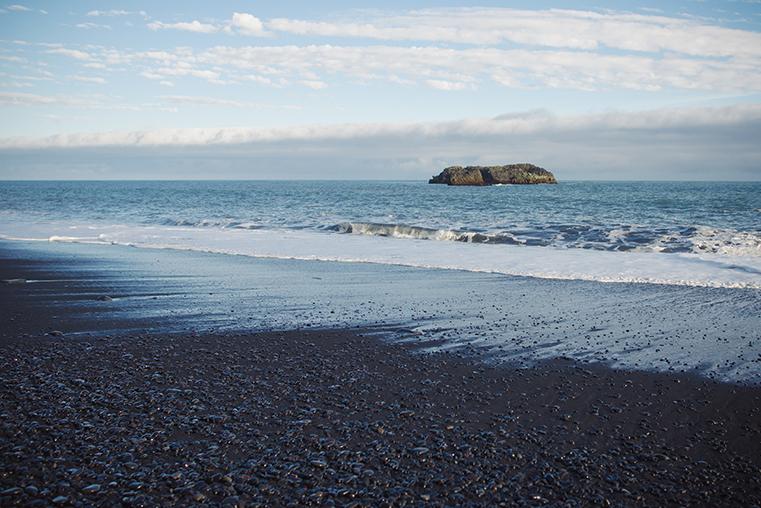 13.Czarne plaze Islandii - Reynisdrangar - Dyrholaey - podroz z dzieckiem