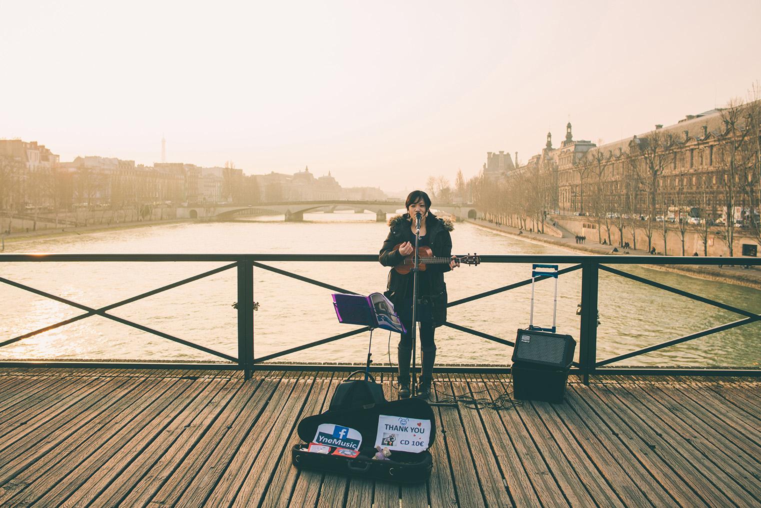 07a.Nad brzegami Sekwany - Paryz wiosna