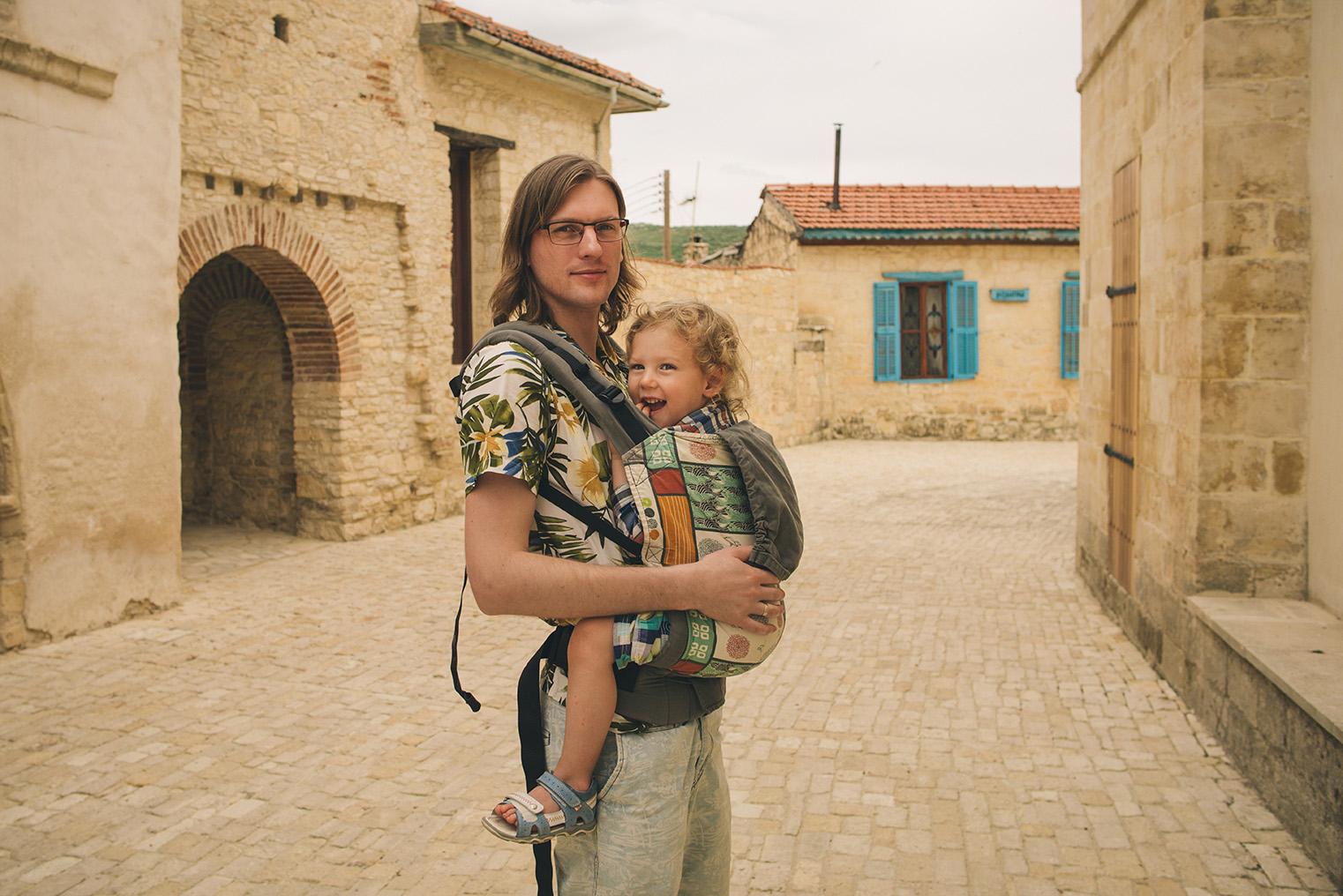 18.Gory Troodos - Omodos -Wodospad Millomeris - Cypr z dzieckiem