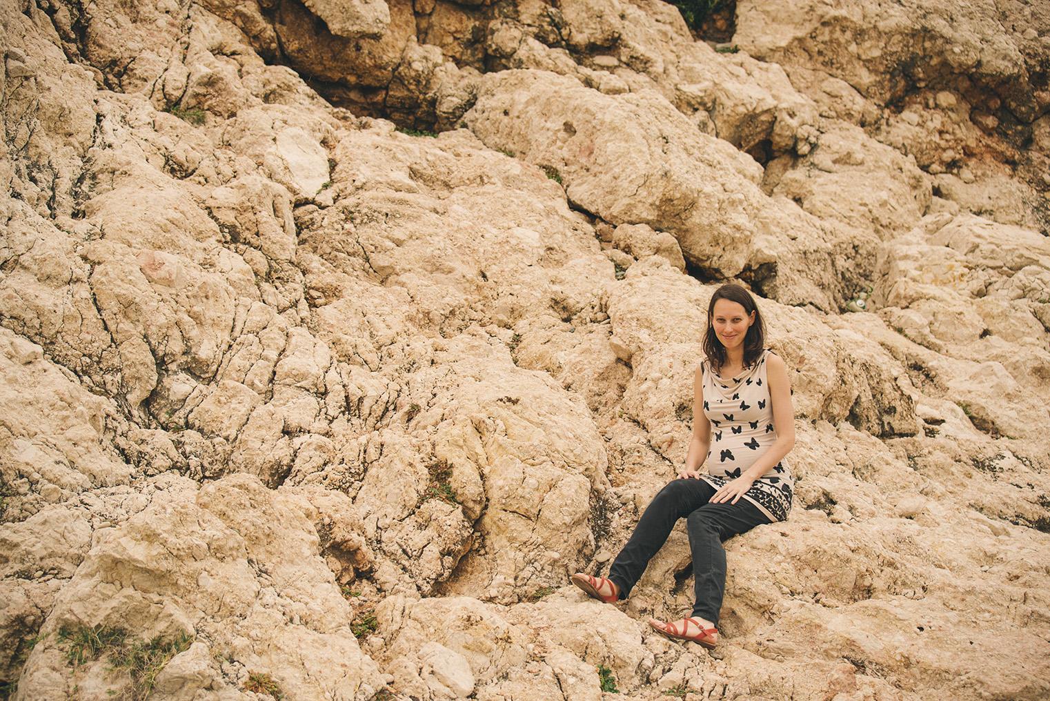 07.Skala Afrodyty - kamienista plaza - Cypr z dzieckiem